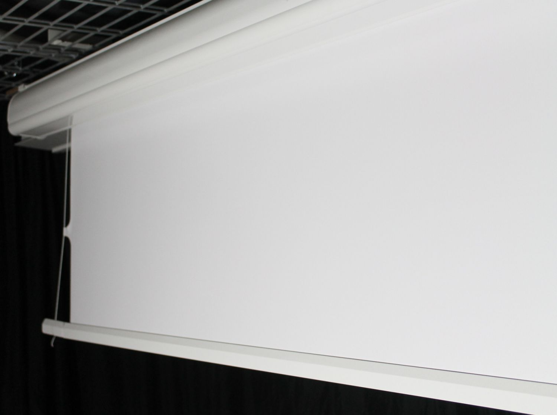 tension leinwand von 4 seiten gespannt motorleinwand mit seitlicher seilspannung. Black Bedroom Furniture Sets. Home Design Ideas